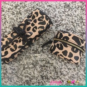 ✨✈️Merona Leopard Jewelry Roll & Case Set